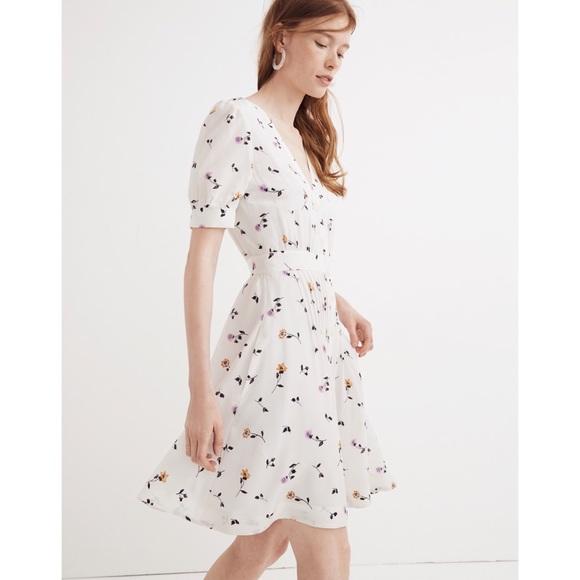 807241a01e Madewell Daylily Pintuck dress sweet blossoms